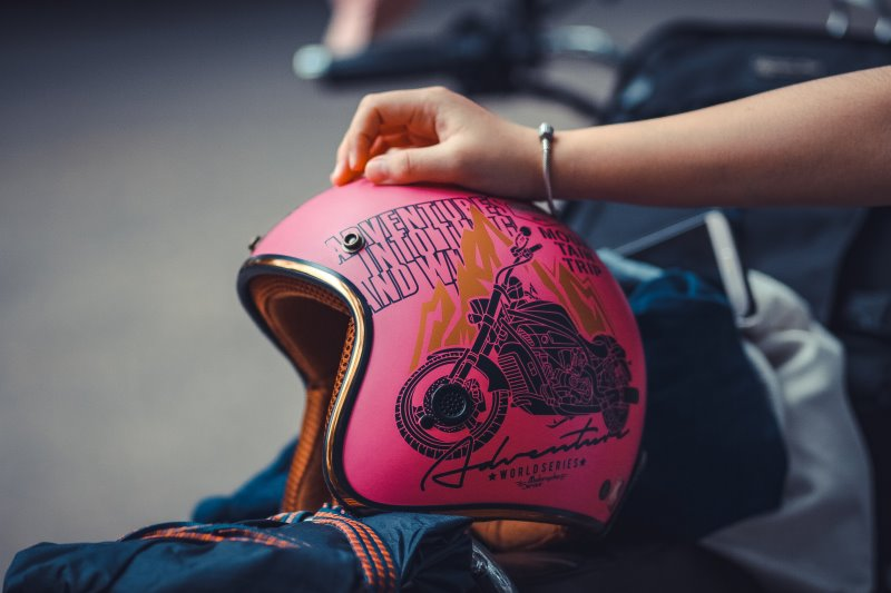 Ein Motorradhelm für Kinder
