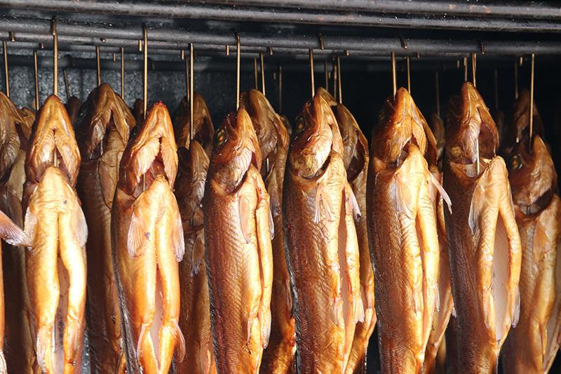 raeucherofen-raeucherfische