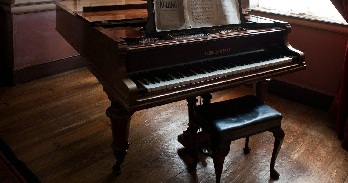 Klavierbank-Test-Bild1