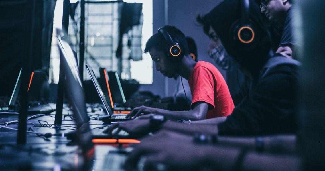 Gaming in Gruppen: die belibten LAN-Partys!
